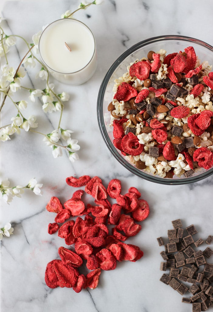 Easy sweet salty snack exploring healthy foods easy and healthy valentines day snack idea this recipe is easy sweet and salty forumfinder Choice Image